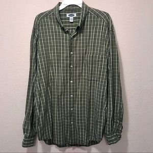 Old Navy button down shirt. Excellent Condition.